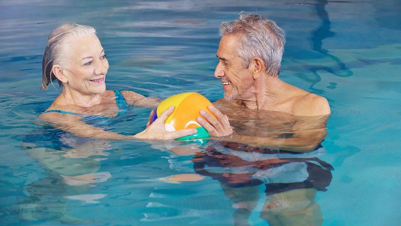 kúpele, dôchodcovia, bazén, lopta