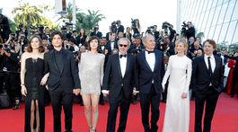 Marion Cotillard, Louis Garrel, Charlotte Gainsbourg, Hippolyte Girardot, Alba Rohrwacher a Mathieu Amalric.
