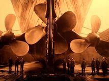 titanic, exhibition, titanic, screws