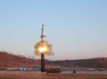 Severná Kórea odpálila ďalšiu raketu, druhú v priebehu 24 hodín