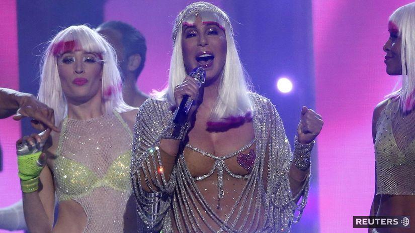 Speváčka Cher predviedla vo veku 71 rokov svoju...