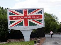 V súvislosti s Manchestrom zadržali dve osoby, k útoku sa prihlásil Islamský štát