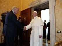 Pápež František, Donald Trump