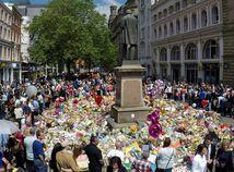 Útok v Manchestri: Abedi útočil z pomsty. Skupina mladíkov ubodala jeho kamaráta