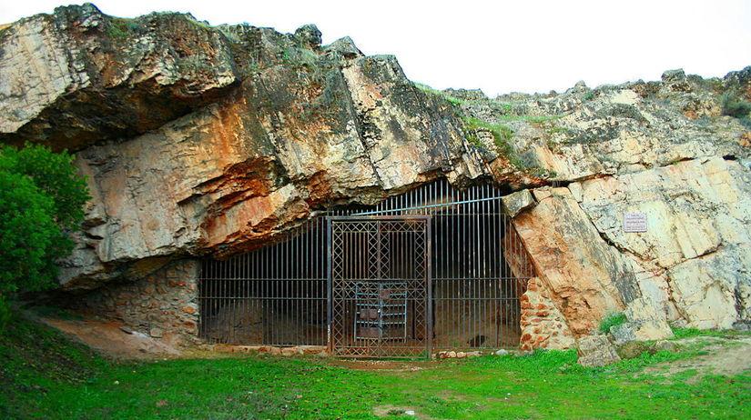 jaskyna, Maltravieso