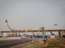 Nové plány počítajú s výstavbou ciest na juhu, na východe a Orave