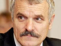 Bývalý minister vnútra Krajči havaroval, mal vypité