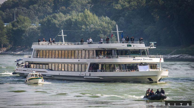 Príchod lode Regina Danubia