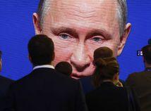 Ruská armáda dostane nové jadrové zbrane. Môžu preletieť ponad póly a nedajú sa zostreliť, tvrdí Putin