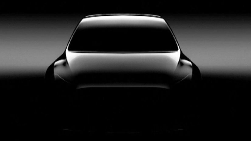 Tesla Model Y - 2019