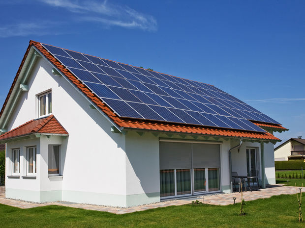 doma, solárna energia, bývanie