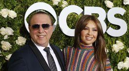 Speváčka Thalia a jej manžel - hudobný producent Tommy Mottola.
