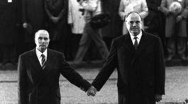 Helmut Kohl, Francois Mitterrand