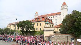 9. ročník charitatívneho pochodu proti rakovine prsníka sa konal na Bratislavskom hrade.