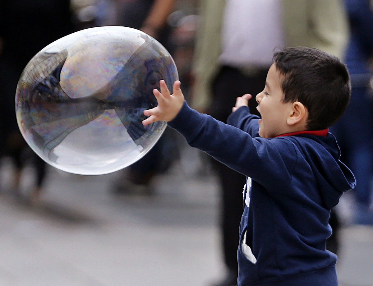 bublina, mydlo, chlapec, radosť, dieťa,