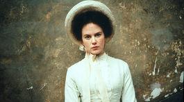 Rok 1996: Herečka Nicole Kidman v snímke Portrét dámy.