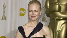 Rok 2003: Herečka Nicole Kidman s Oscarom za výkon vo filme Hodiny.