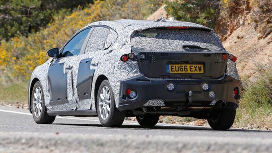 Ford Focus: Nová generácia nachytaná pri testoch