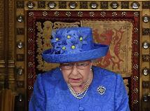 Kráľovná o brexite. Vo farbách EÚ