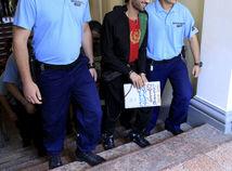 'Nech skapú,' odsúdil migrantov šéf bandy