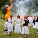 svätojánska noc, tanec, ľudové tradície, kroje, oheň, vatra