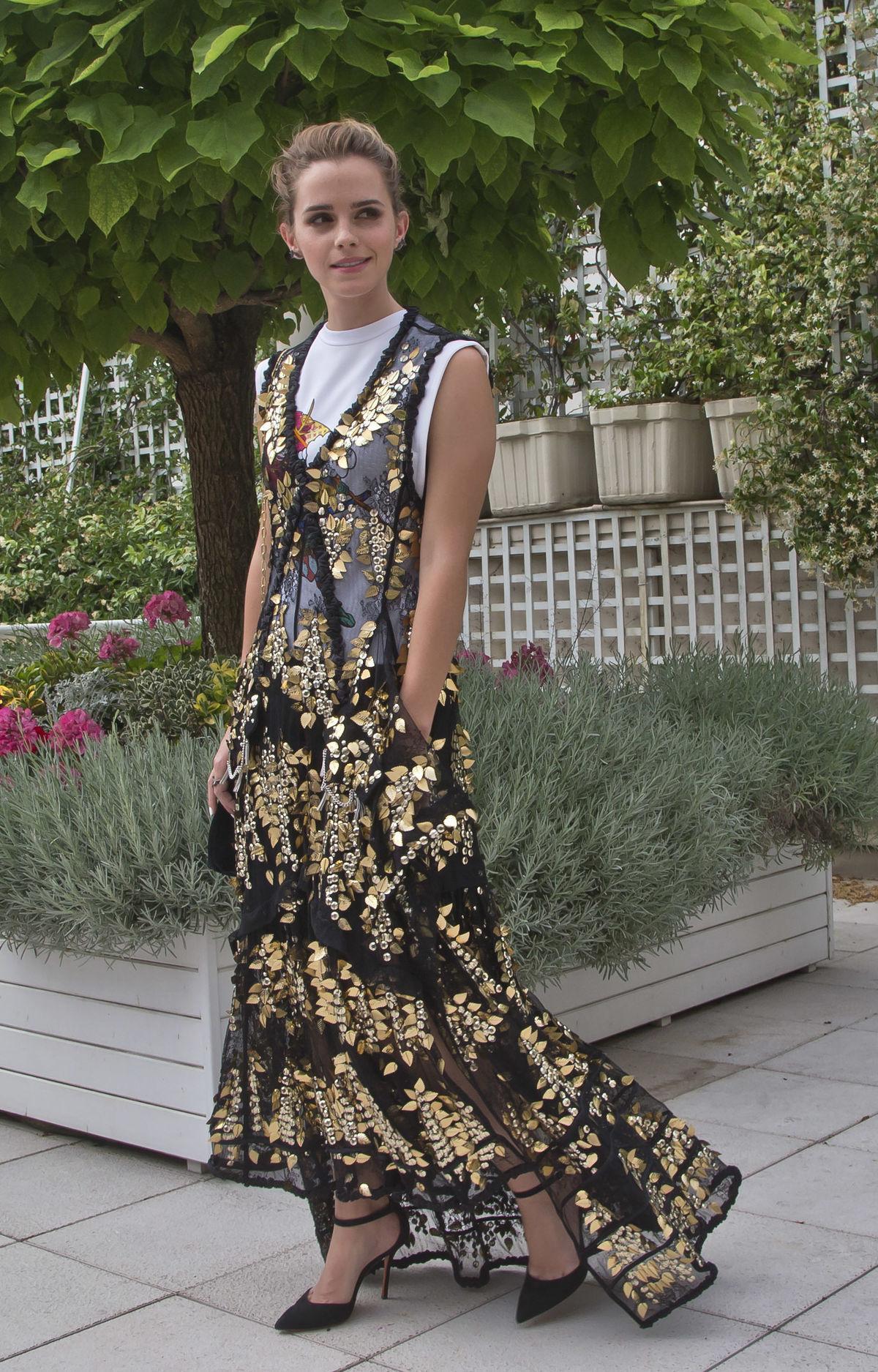 Herečka Emma Watson v Paríži predstavila...