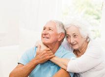 OĽaNO kritizuje, že dôchodcom sa pridá vždy, aj pri nízkom raste cien
