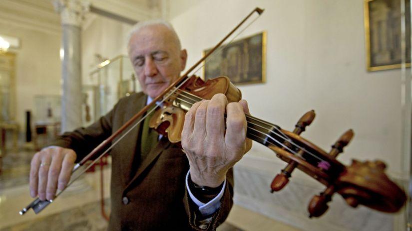 talian, Andrea Mosconi, stradivárky, husle