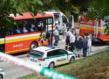 bučany, nehoda autobusu, hasiči, nehoda,