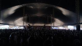 Blue stage bol svojou kapacitou obmedzený, no napriek tomu ohurujúci. Topfest