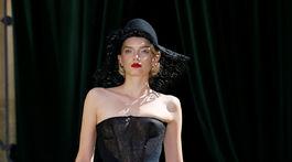 Ulyana Sergeenko Haute Couture - najkrajšie šaty týždňa módy haute couture