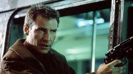 Herec Harrison Ford na zábere z filmu Blade Runner z roku 1982.