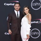 Hráč Národnej futbalovej ligy Danny Amendola a jeho partnerka Olivia Culpo.