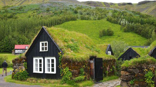 Reportáž: Drsná islandská krása vás očarí. Prejdite sa skanzenom v Skógare