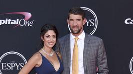 Plavec Michael Phelps s manželkou Nicole Johnson.