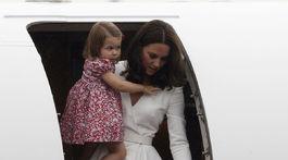Vojvodkyňa Catherine s dcérkou, princeznou Charlotte