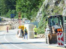 Prekliate Strečno - skala sa zrútila, turisti zutekali