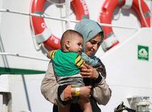 migrant, migranti, utecenec, dieta, matka