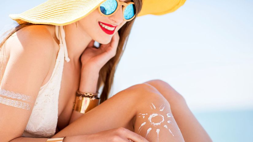leto, dovolenka, pláž, plavky, klobúk,...