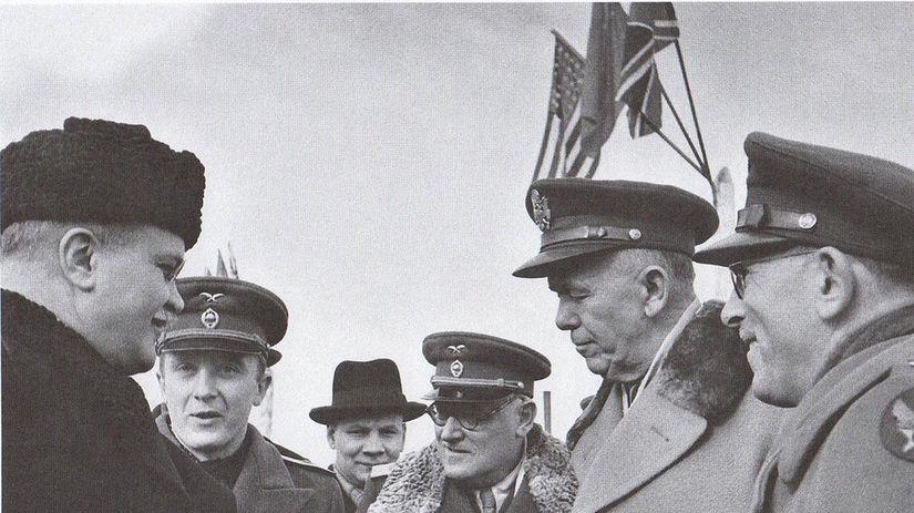 Marshall, Molotov