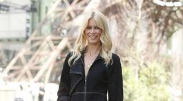 Modelka Claudia Schiffer je vernou fanúšičkou značky Chanel.