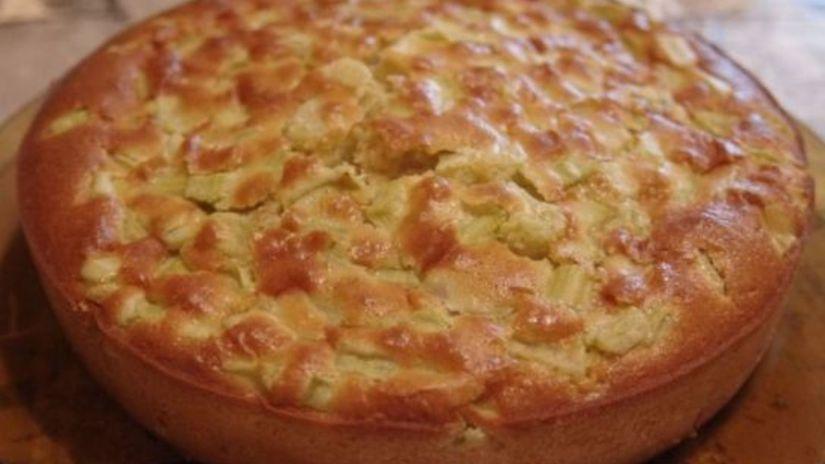 rebarbora, ovocný koláč
