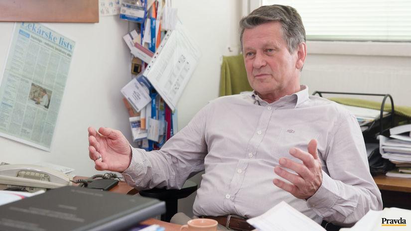 MUDr. Jozef Holoman, hepatológ