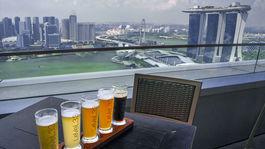 Singapur, Marina Bay, pivo, ochutnávka, poháre,