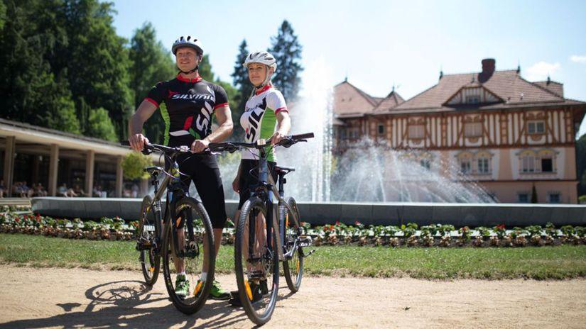 Luhačovice, cyklisti, bicykel