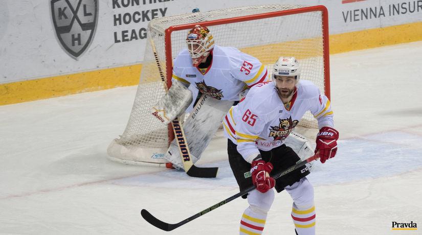 KHL  Slovan - Červená hviezda Kchun-lun