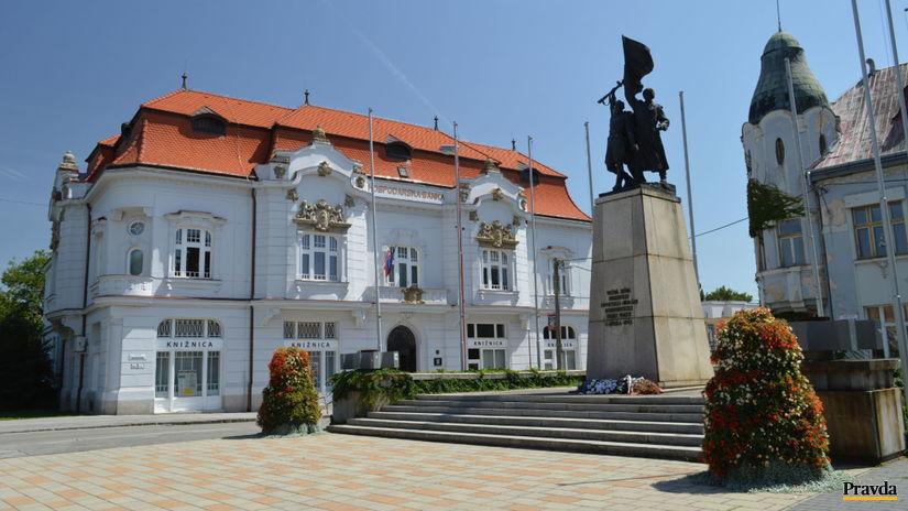 Pamätník osloboditeľov, Trnava