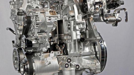 Mazda Skyactiv-X: 'Diesel na benzín'  už v roku 2019! Ušetrí 30 %