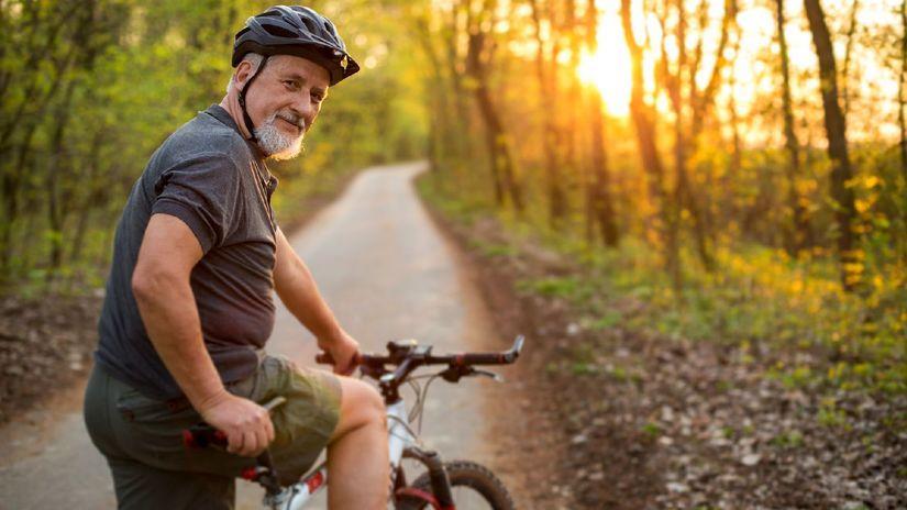bicykel, cyklista, senior, šport, les, prilba,...