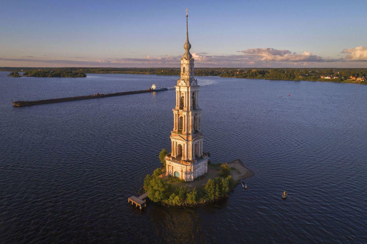Rusko, zvonica, Volga, rieka, ostrov